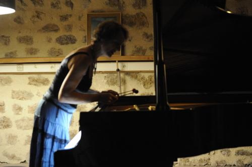 percussions a l'intérieur du piano